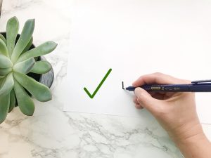 Right Way to Hold a Pen for Lettering