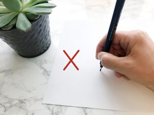 Wrong Way to Hold a Pen for Lettering
